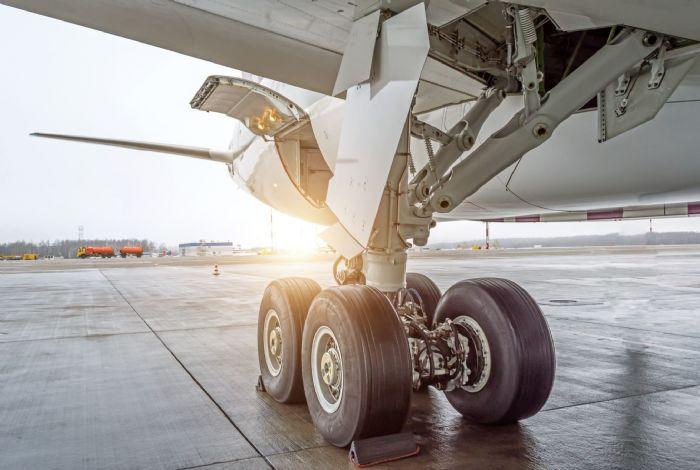 Optomec-Aluminum-aircraft-landing-gear-7000